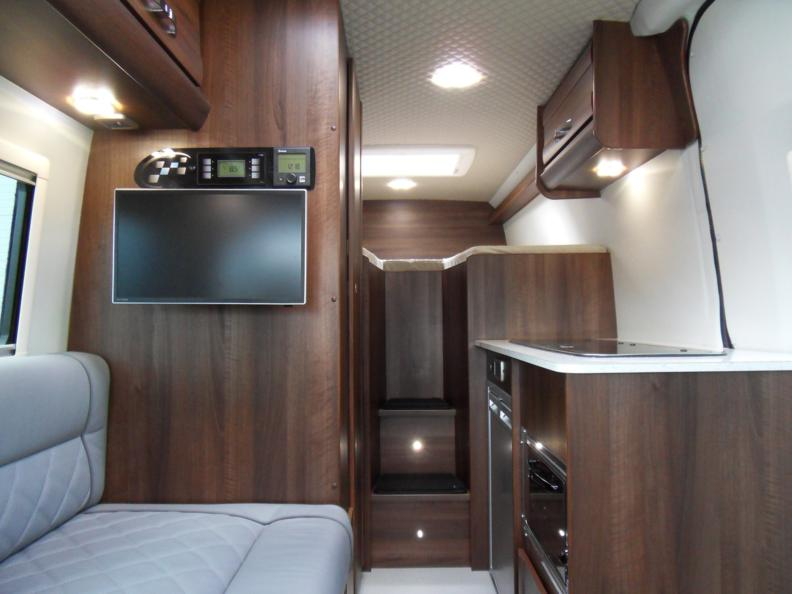 VW Crafter – Sporthome – Stepped Bed Layout – Mclaren Sports Homes